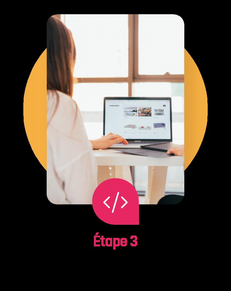 L'agence inclusive Label Touche issue de Label Emmaüs et Label École pendant la phase de Production, développe le produit, le teste, et le livre à la date prévue